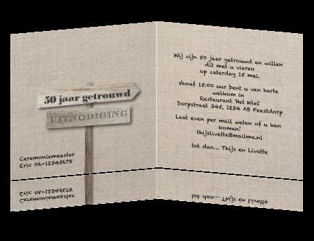 tekst 50 jaar getrouwd Beige linnen uitnodiging 50 jaar getrouwd teksten houten bord tekst 50 jaar getrouwd