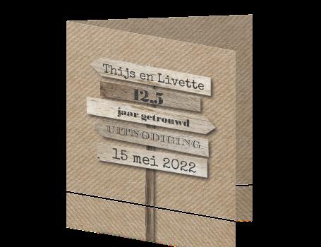 5 jaar getrouwd is hout Uitnodiging jubileum 12,5 jaar getrouwd met borden 5 jaar getrouwd is hout
