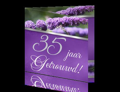 paarse uitnodigings kaart bloem 35 jaar getrouwd